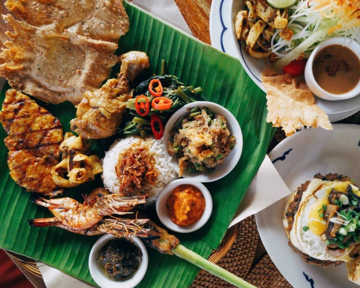 The Nasi Campur here is must-try but comes with a hefty price tag of RM31. Photo: Bumbu Bali Puchong Facebppk page